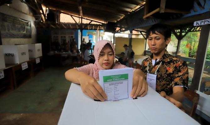 Suasana pemungutan suara lanjutan di Cianjur/Foto: Nurisman