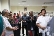Pimpinan Bawaslu RI, Muhammad dan Nasrullah serta Pejabat Struktural di Lingkungan Sekretariat Jenderal Bawaslu RI Menghadiri Syukuran Ulang Tahun Sekjend yang Ke-49.