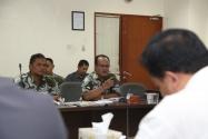 Ketua Komisi A DPRD Kabupaten Pekalongan, Kundarto, meminta penjelasan mengenai mekanisme sengketa perselisihan hasil Pilkada (PHP) di Mahkamah Konstitusi (MK) dan penjelasan mengenai kewenangan, tugas pokok dan fungsi Bawaslu dalam Pemilu maupun Pilkada